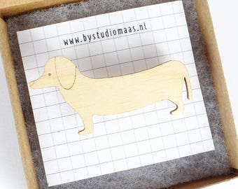 Dachshund pin, dog brooch, animal brooch, for dog lovers, dachshund jewelry, wood jewelry, gift for her, dog lover gift, studio maas