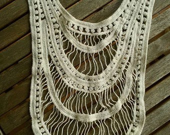 BEIGE LACE BIB COLLAR