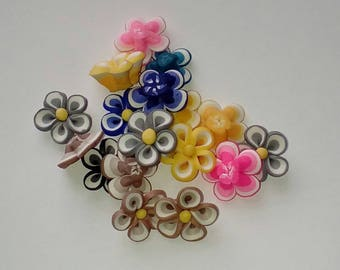 X 8 mix color 20mm flower beads