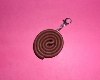 "1 ""roll of chocolate brown licorice"" Charms polymer clay 20mm"