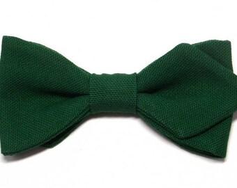 Pine Green bowtie with sharp edges