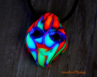 UV Necklaces / Pendants
