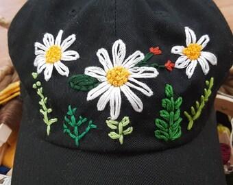 Three Daisies Hat