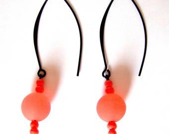 Half hoop earrings black coral polaris pearls