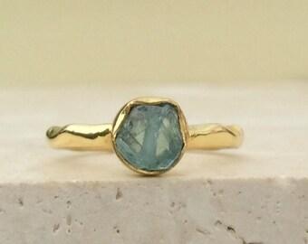 Raw Stone Ring, US 7.75, Raw Blue Apatite Ring, Apatite Gold Ring, Rough Natural Gemstone, Rough Apatite Ring, Natural Apatite Gemstone Ring