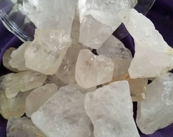 Lot of  Quartz Crystals.Listing is For Entire Bag. Crystal Points.Phantoms.Tantric Points.Candle Points.Magickal Quartz.WitchCraft.Wiccan.