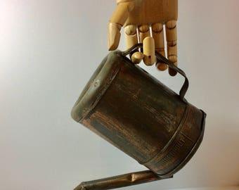 Wonderful Vintage Swingspout Oil Can