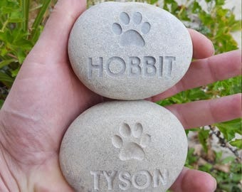 Dog Memorial Stone- Personalized pet stone Dog Paw