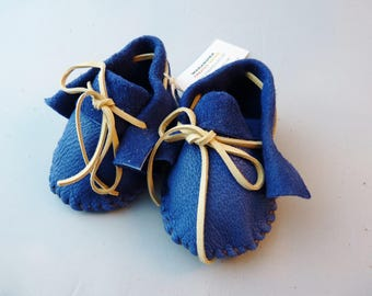 Infant size moccasins made with soft pliable cowhide leather, regalia, native shoes, native american,