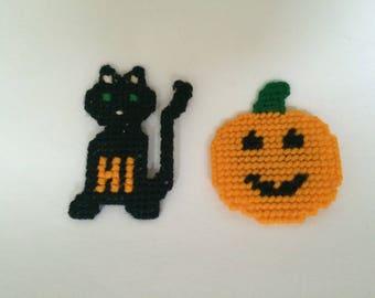 Vintage Halloween Decor, Pumpkin Magnet, Black Cat Magnet.Cross Stitch,Plastic Mesh Magnets,Halloween Magnets,Hand Made Magnets,Refrigerator