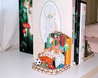 Vintage Teddy bears bookends, Children's Bookends, Nursery Décor, children Bedroom Decor, hand painted bookends pair, vintage home décor