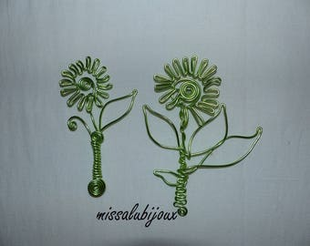 2 beautiful flowers in lime green aluminum