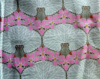 "fabric pink ""tree"" on bottom"