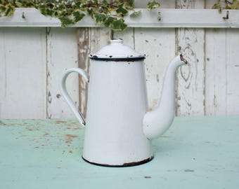 Coffee Pot / French Coffee Pot / Enamel Coffee Pot / French Enamelware / Vintage Coffee Pot / Enamelware / French Vintage / Shabby Chic
