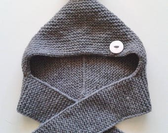 Hat cowl baby birth in 24 months woolen home-made knitting intoxicates with pompom