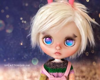 AVAILABLE  – Custom fake blythe by SplattergirlUK – layaway accepted