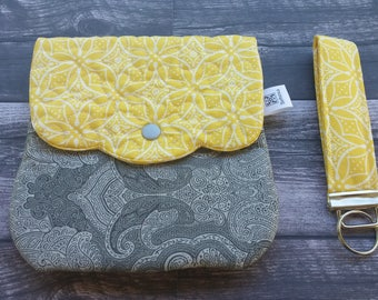 Quilted wristlet with detachable key fob - cell phone purse - quilted purse -yellow and gray!