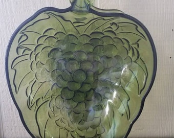 Green grapes pressed glass bowl