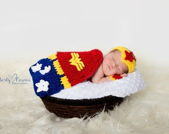 Crochet Wonder Woman Newborn Photo Prop/Super Heros/Photography Prop/Baby Shower Gifts/Infant Halloween Costume