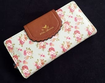 Etial Collection Floral Print Wallet