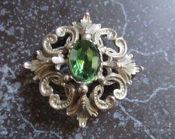 Silver Tone Pin/Brooch with Large Green Rhinestone Set