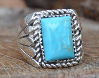 Navajo sterling silver and Kingman turquoise ring size 8