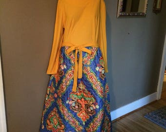 Vintage 60s Quilted Maxi Dress / Vintage Maxi Dress / Vintage 60s Maxi / Vintage Psychedelic Maxi