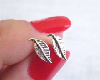 925 Sterling Silver Leaf Stud Earrings , leaf earrings , Silver Stud Earrings , leaves earrings , Silver post earrings , tiny stud