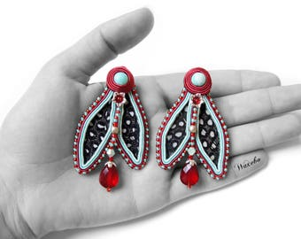 Earrings Soutache and feathers. Embroidered jewelry.  Waxebo