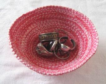 Pink ring dish, key bowl, trinket dish, sundries basket, storage basket, cord dish, coiled yarn bowl, coiled bowl, coiled basket, pink dish