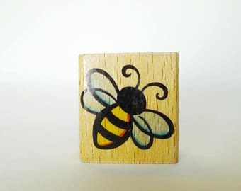 Bee Rubber Stamp, Honey Bee Flying Insect Rubber Stamp Craft Shape by StampCraft Made in USA Wood Mount Honey Bee Sweet Craft Shape