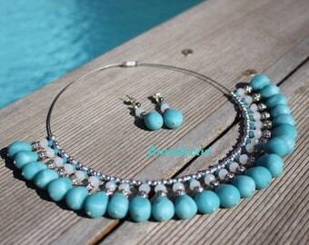 Collier et boucles d'oreilles bleus mer des tropiques