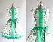 Vintage 1970s Does 1950s Dress / 1950s Cotton Dress / Green and White Floral Border Print Dress L