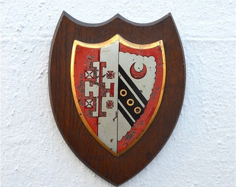 Antique Cambridge University armourial wall plaque Selwyn college coat of arms shield crest