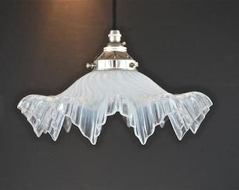 Original antique Art Deco vaseline glass ceiling light hanging pendant shade icicle cooli circa.1920