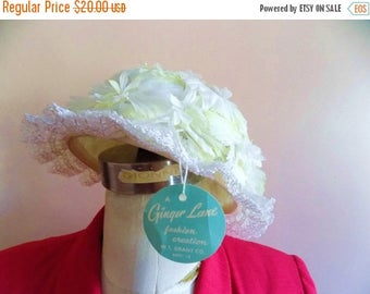 60s Flower Hat by Ginger Lane from Shells Size Small Size 7