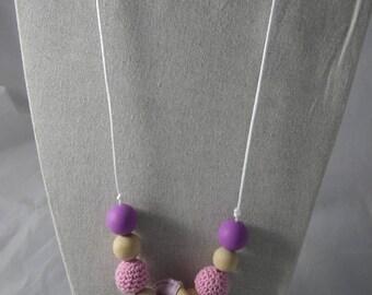 CollierPA025 - Babywearing necklace / nursing Pink / Purple