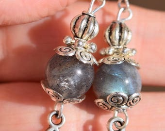 Celtic earrings with labradorite