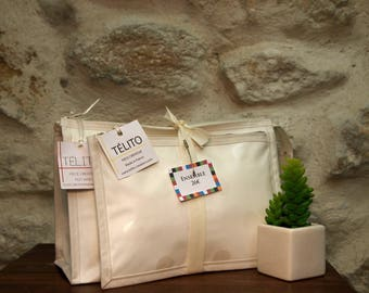 Set (cover + toilet bag) in white oilcloth