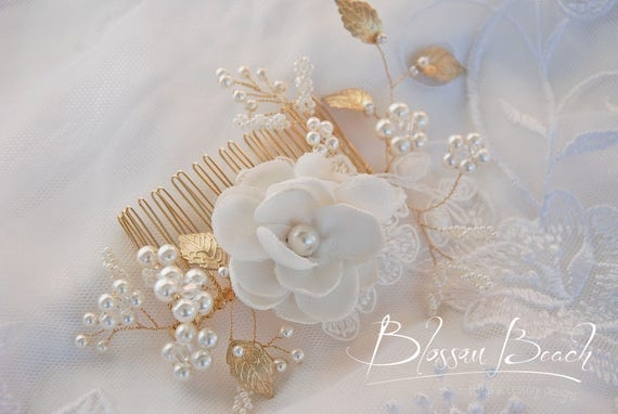 Ivory bead and floral bridal hair comb;ivory bridal hair comb;bridal hair