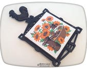 Cast Iron Ceramic Tile Vintage Rooster Trivet kitchen 70s pot holder seventies orange brown green sunflower salt pepper mill shakers 7 Stars