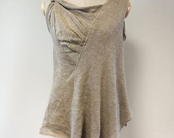 Amazing Summer taupe linen top, M size. Made of pure linen.