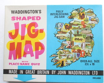 vintage jig-map IRELAND map puzzle wall hanging poster waddington's made in great britan jig map