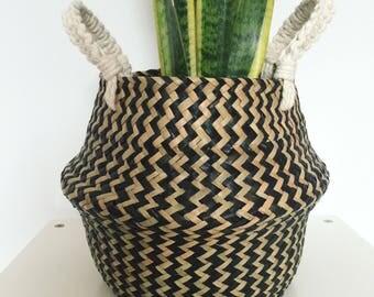 Les herbiers petit ventre panier/jardinière avec poignées en macramé
