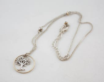 Vintage Silver Tone Chain Round Tree Pendant Necklace