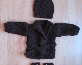 Ensemble bébé en mohair, tricot fait mains, 4 pièces : manteau paletot + chaussons + bonnet + petite déco.