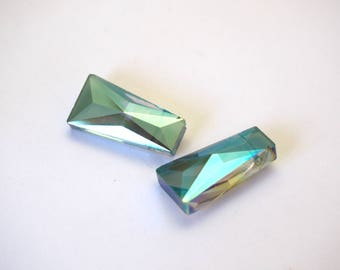 2 faceted trapezoidal Bohemian crystal green/blue 20x10mm