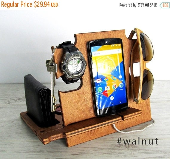 personalized men giftdocking station for mengift for