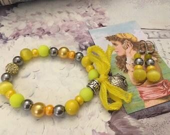 romantic set sparkling yellow beads