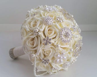 Ivory Brooch Bouquet Ivory Wedding Bouquet Pearl Bouquet Vintage Style Ready to Ship Bouquet Artificial Flowers